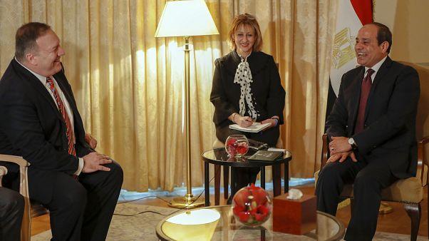 الرئيس المصري عبد الفتاح السيسي ووزير الخارجية الأمريكي مايك بومبيو