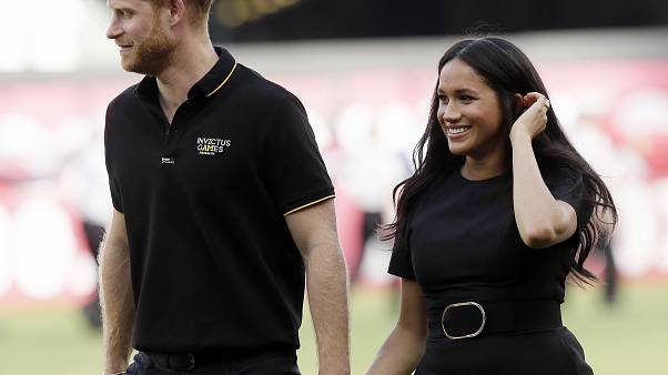 Royal split: What is Harry and Meghan's 'clean break' from royal family?
