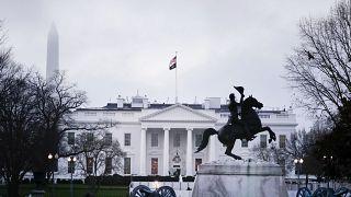 """""""نيويورك تايمز"""" تعلن دعمها لمرشحتين ديمقراطيتين للانتخابات الرئاسية الأمريكية 2020"""