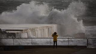 Brutális vihar, a hegyekben hóvihar Spanyolországban