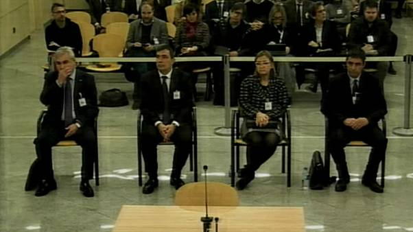 Spagna: agenti della Polizia catalana a processo
