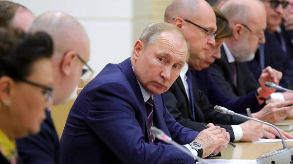 Конституцию России выносят на голосование 22 апреля