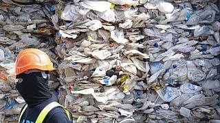 Malásia devolve lixo a países desenvolvidos