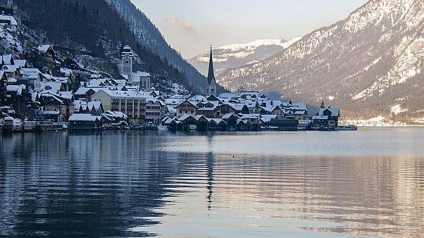 Avusturya'nın 'popüler' kasabası Hallstatt turist sayısını azaltmak için önlem alıyor