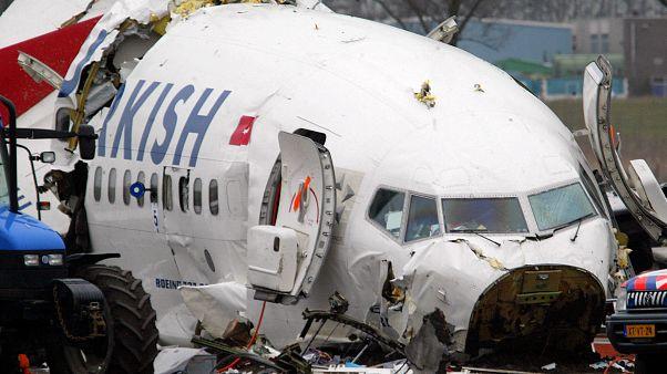 THY uçağı Hollanda'da kaza yaptı