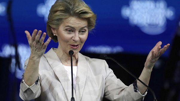 Ursula von der Leyen apela a desenvolvimento sustentável em Davos