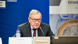 Eurogroup: Θετικά μηνύματα από τον Κλάους Ρέγκλινγκ για την ελληνική οικονομία