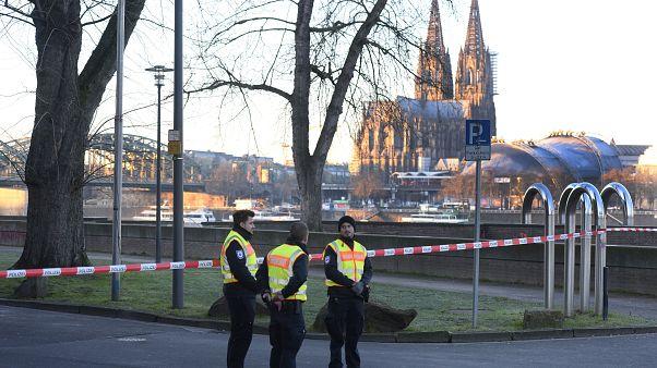 Köln: Weltkriegsbombe entschärft - Sperrungen aufgehoben