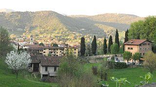 Birçok İtalyan kasabası 1 euro'ya ev satışı kampanyası sunuyor.