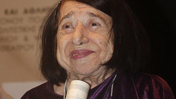 Η ποιήτρια Κατερίνα Αγγελάκη - Ρουκ