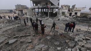 دیدهبان حقوق بشر سوریه: ۱۲ غیرنظامی از جمله ۷ کودک در حملات هوایی روسیه کشته شدند