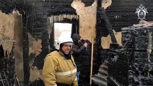 Elf Tote bei Brand in Holzhaus in Sibirien