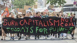 مظاهرة سابقة ضد الرأسمالية في ألمانيا