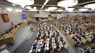 نواب روس خلال جلسة تشريعية في مجلس الدوما الروسي 21 يناير 2020