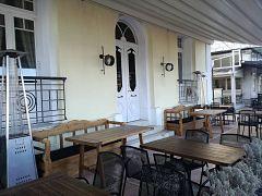 Χίος: Κλειστά καφέ και εστιατόρια