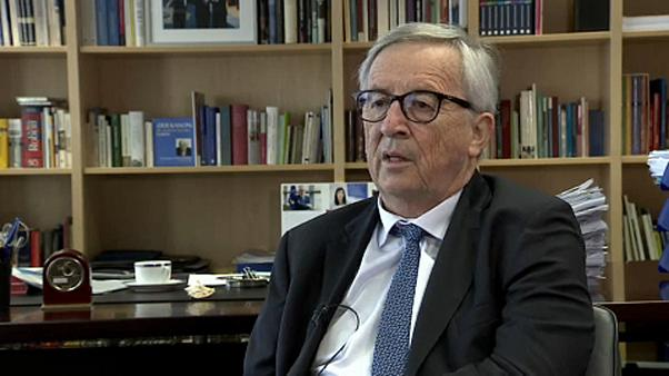 Not helping separated migrant children 'a scandal', says Juncker