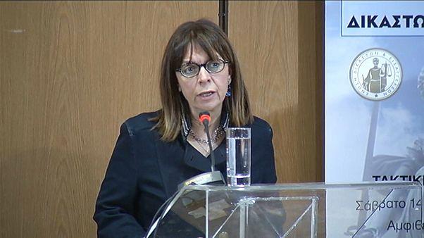 La jueza Ekaterini Sakelaropulu, primera presidenta de Grecia