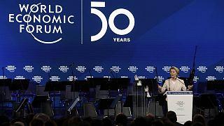 رئیس کمیسیون اروپا: رهبری جهان در مقابله با تغییرات اقلیمی و حفظ امنیت دادهها با ما خواهد بود