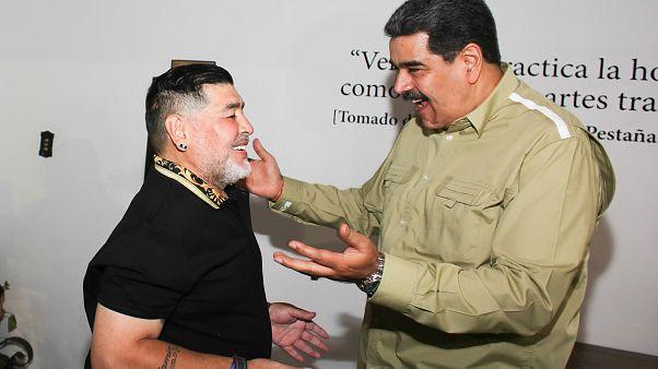 شاهد: مارادونا في ضيافة مادورو في كاراكاس