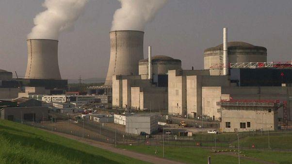 França reduz dependência do nuclear