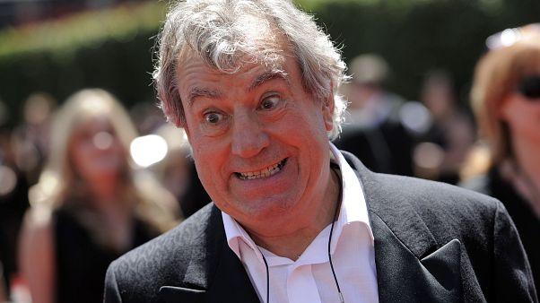 Meghalt Terry Jones brit komikus, a Monthy Python sztárja