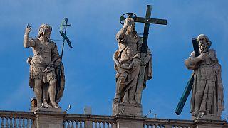Therapie für pädophile Priester: Anspruch auf ein Leben in Würde?