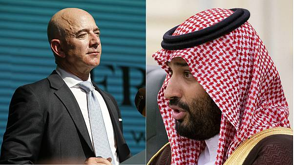 Jeff Bezos, CEO of Amazon (L), Saudi Arabia's Crown Prince Mohammed bin Salman (R)