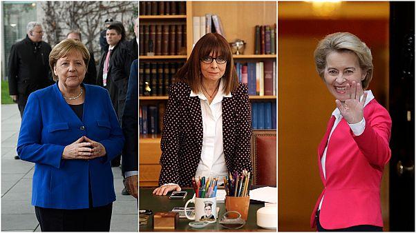 كاترينا ساكيلاروبولو رئيسة اليونان المنتخبة تتوسط رئيسة الاتحاد الأوروبي أورسولا فون دير لين والمستشارة الألمانية أنجيلا ميركل