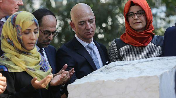 İş adamı Jeff Bezos, öldürülen gazeteci Kaşıkçı için İstanbul'da düzenlenen anma törenine katıldı
