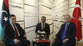 Η Άγκυρα δεν θα στείλει άλλους στρατιωτικούς συμβούλους στη Λιβύη εφόσον τηρηθεί η εκεχειρία