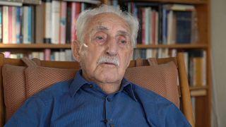 Леону Вайнтраубу сегодня 94, он прошел через Лодзинское гетто и три лагеря смерти, в том числе и Освенцим