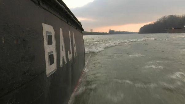 Hungria destaca missão de patrulha no rio Tisza