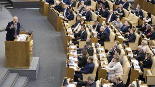 النواب الروس يوافقون في قراءة أولى على التعديلات الدستورية التي طرحها بوتين