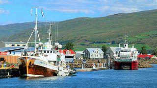 Puerto de pesca islandés (archivo)