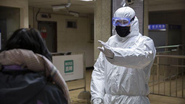 China declara el nivel máximo de alerta sanitaria en Pekín y Shangái