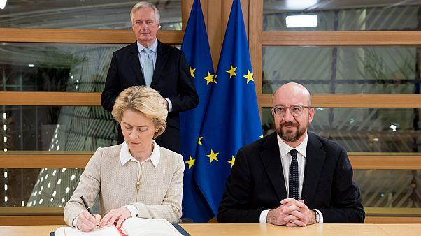 Avrupa Komisyonu Başkanı Ursula von der Leyen ve Avrupa Konseyi başkanı Charles Michel