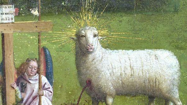 Gli occhi dell'agnello di Van Eyck che incantano il mondo