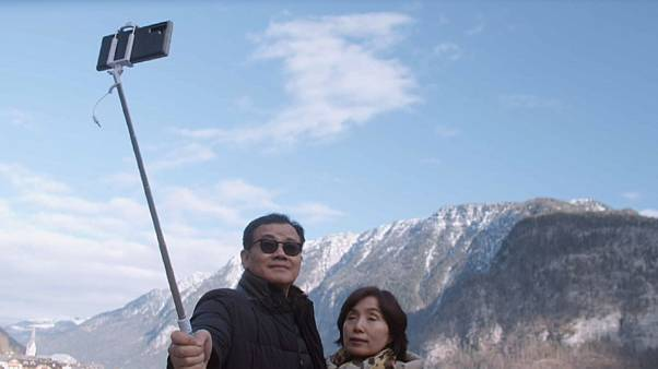 Un village en Autriche envahi par les touristes asiatiques