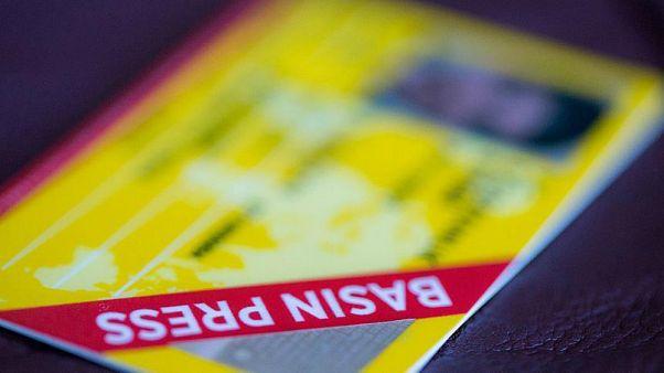 Sarı basın kartı örneği