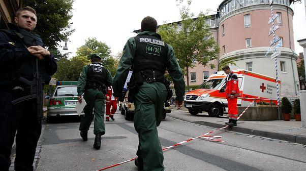 Almanya'da silahlı saldırı: Polis en az 6 kişinin öldüğünü duyurdu
