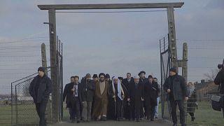 شخصیتهای مذهبی عربستان در اردوگاه آشویتس نماز گزاردند