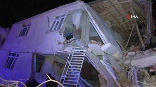 Violenta scossa di terremoto in Turchia: ci sono vittime