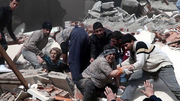 Τουρκία: Ανεβαίνει ο αριθμός των νεκρών από τον ισχυρό σεισμό