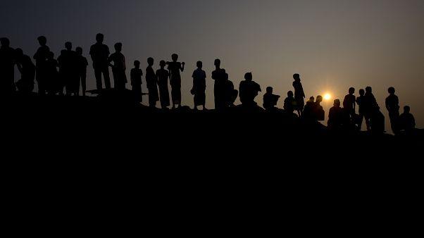 Bangladeş'teki mülteci kampında Arakanlı Müslümanlar