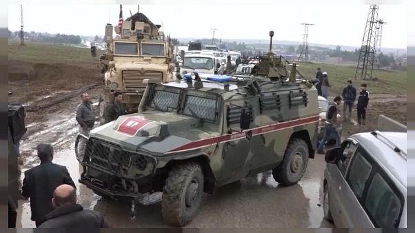 ABD zırhlıları Rus askeri aracını durdurdu