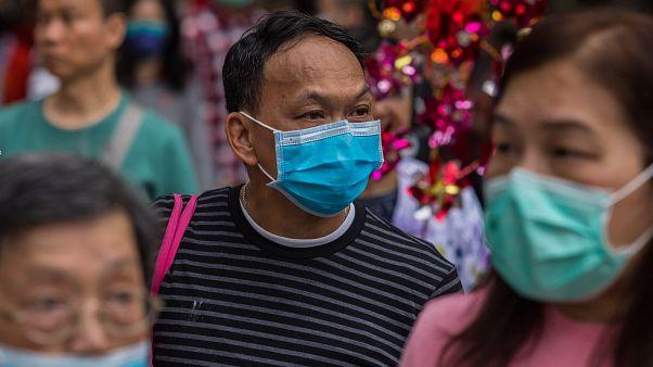 Koronavirüs salgını: Çin ülke içi ve dışına yapılacak tüm yolculukları askıya aldı