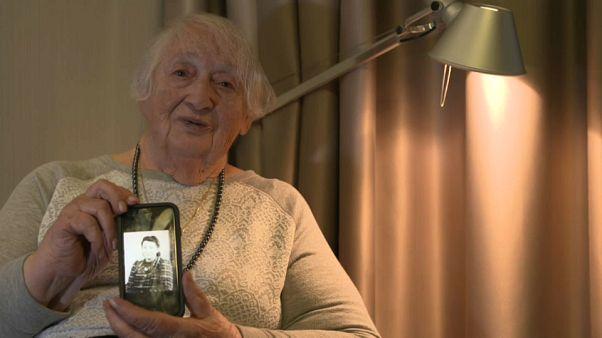 Une survivante d'Auschwitz retourne dans le camp 75 ans après sa libération