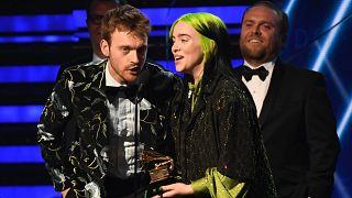 Billie Eilish (18) räumt bei den Grammys ab