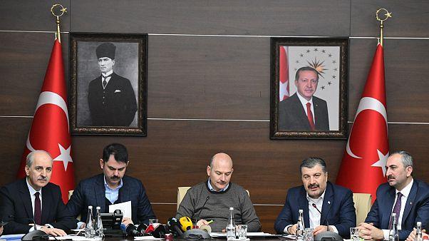 İçişleri Bakanı Süleyman Soylu, Sağlık Bakanı Fahettin Koca, Çevre ve Şehircilik Bakanı Murat Kurum ile Adalet Bakanı Adbulhamit Gül basın açıklaması yaptı