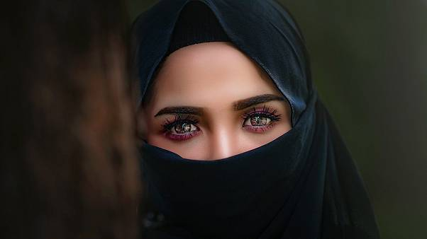 حظر ارتداء النقاب على عضوات هيئة التدريس بجامعة القاهرة